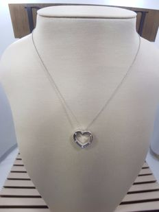 Damiani 18ct White Gold Heart Shape Pendant with Necklace, Weight 7.7grs, Necklace Length 48cm & Pendant Length 1.5cm, Diamond Carat 0.10ct