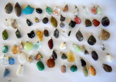 Large lot of semi-precious and mineral pendants - 12 to 34 mm - 65 pcs - 249 grams