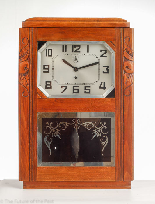 BR   Art Deco Wall Clock With Spring Wind Up And Pendulum Clock   Including