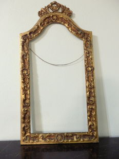 Large Venetian Gilt Carved Wood Frame (H: 106 cm), ca. 1940's