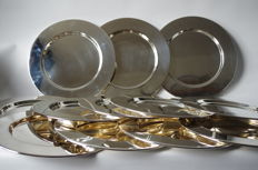 Set of 12 silver plated under plates