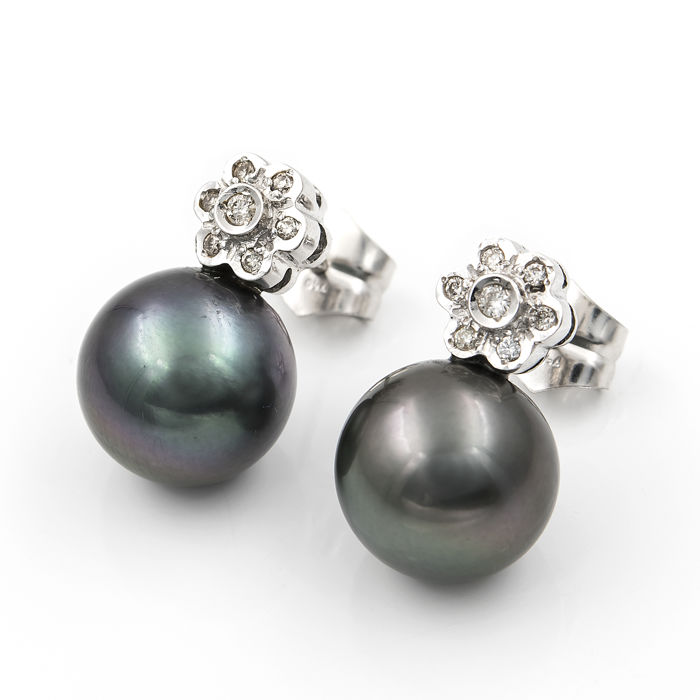 White gold, 18 kt - Earrings with a flower design - Brilliant-cut diamonds of 0.30 ct - Tahitian pearls of 11.60 mm