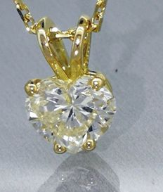 Pendant with a heart-shaped diamond pendant of 0.75 ct