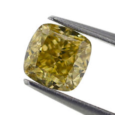 0.81 Carats - Natural colour Diamond - Cushion Shape - GIA certified - Low reserve price