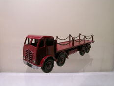 Dinky Supertoys - Scale 1/48 - Foden 8-wheel Flatbed Truck with Chains 2nd type Cabine No.505/905