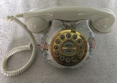 Royal Albert Constance dial telephone