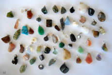 Large lot of semi-precious and mineral pendants - 12 to 27 mm - 175 g - 55 pieces