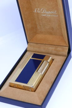 Gold plated St Dupont lighter and blue Chinese lacquer