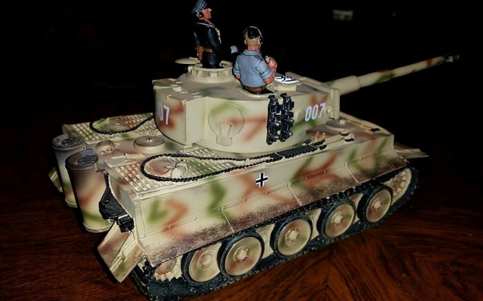 RARE!!!! King and Country - Micheal Whittmans Last Tiger.WS-43.