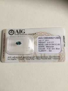 SI2 clarity diamond with D86468212BE AIG number 0,51CT F.DR.GRN.Blue