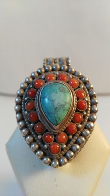 925 silver pendant with coral and turquoise.