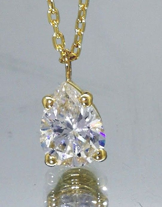 Necklace with pear cut diamond of 1.01 ct # With IGI certificate # Free shipping ##