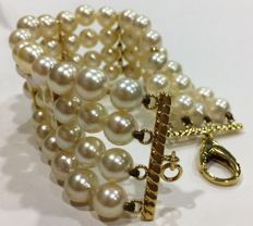 Bracelet with natural Akoya pearls, 7-8 mm, and brilliant cut diamonds