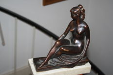 Seated nude - bronze