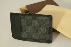 Louis Vuitton - Beautiful card holder in damier graphite canvas
