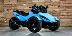 Can-Am - Spyder RSS - SE5 - ancien véhicule de la star de football Zakaria Bakkali - 2013