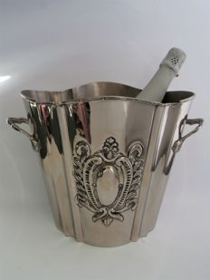Large size champagne cooler, Williams Sheffield, England, 1960