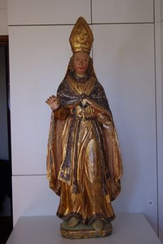 Large polychrome wooden statue depicting a Bishop from 1600s