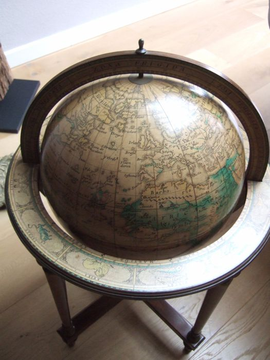 very nice big globe in table catawiki. Black Bedroom Furniture Sets. Home Design Ideas