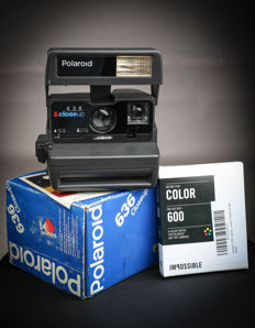 Polaroid 636 Close Up-Instant Camera-POLAROID originaux + impossible  600 film + box