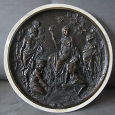 Beautiful bronze plaque with mythological scene in Edward William Wyon style - 2nd half 19th century