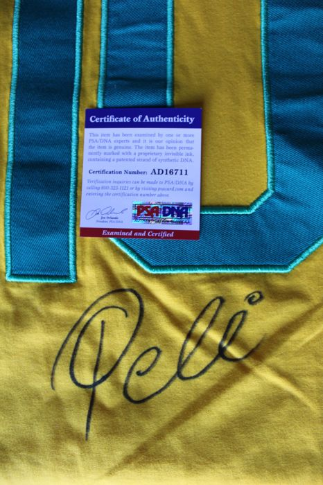 Brazil shirt autographed by Pelè, with COA PSA/DNA