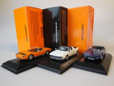 MaXichamps / Minichamps - Scale 1/43 - Lot with 3 Italian models: 2 x Lamborghini & 1 x Maserati