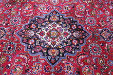 Wonderfully beautiful Persian carpet, Mashad, 3.50 x 2.45, genuine hand-knotted oriental carpet, very beautiful pattern / quality, SIGNED