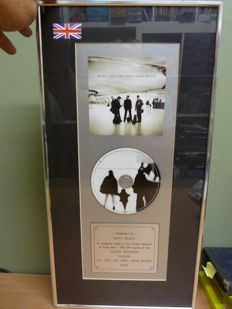 Amazing U2 - All That You Can't Leave Behind - Official Presentation Framed Island Records CD Award.