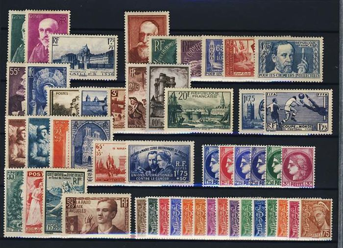 France 1938 – Complete year – Yvert numbers 372 to 418.