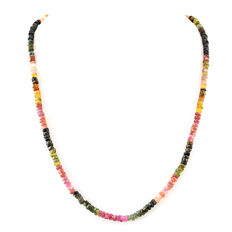 Tourmaline necklace with 18 kt (750/1000) gold Clasp, length 55cm