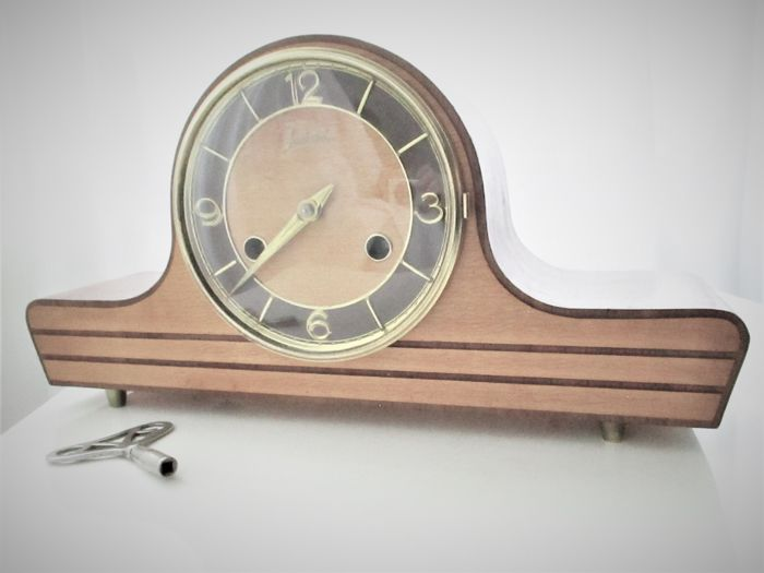 Mantel clock - Lancaster - United Kingdom -mid-20th century