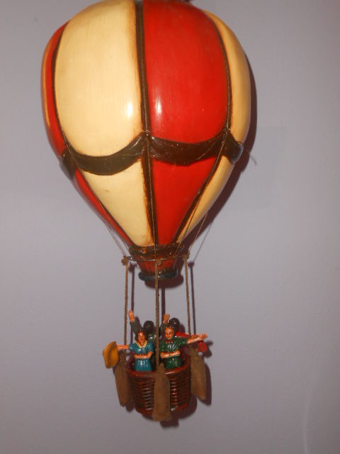 Decorative large wooden hot air balloon with balloonists
