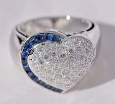 18 ct white gold Ring - 14,62 gr. - set with 1,35 ct Diamonds and 0,80 Sapphires - size 7 3/4 - Free resizing