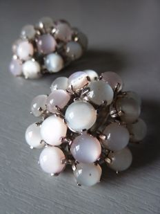 Christian Dior - Superb clip earrings by Mitchel Maer set with iridescent pearl cabochons