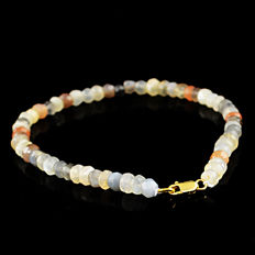 Multi Color Moonstone  Bracelet with 18 kt (750/1000) gold Clasp, length 20cm