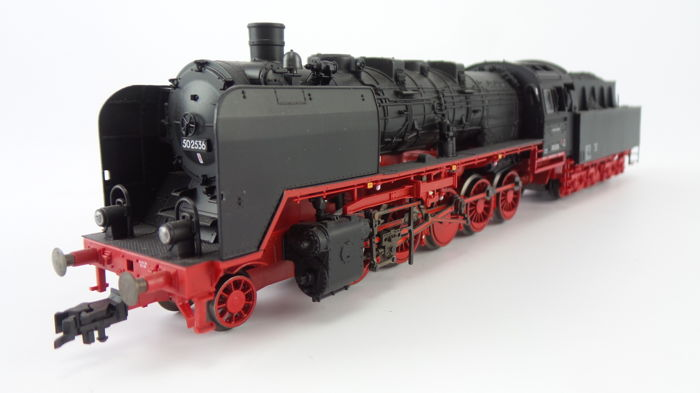 Fleischmann H0 - 418271 - Steam locomotive with loose tender Series BR 50 of the DR with full sound