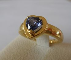 1.25 ct IGI Certified Natural VIOLETISH BLUE SAPPHIRE in New Ring of 18K Yellow Gold  -  Total Ring Weight: 8,40 gram  -  Ring Size: 17.5/55/7.5
