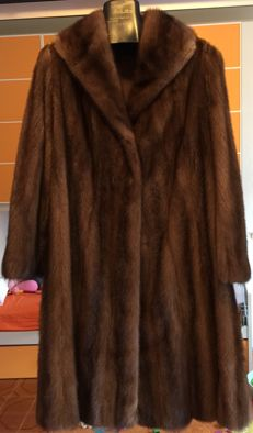 Genuine mink fur coat, never used