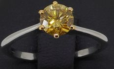 18 kt white/yellow gold IGI CERTIFIED brilliant cut Natural Fancy Intense Yellow diamond ring, 0.64 ct