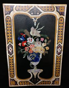 Florentine panel made of precious inlaid marbles - wall panel - Italy - ca. 1900