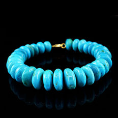 Turquoise  Bracelet with 18 kt (750/1000) gold Clasp, length 20cm