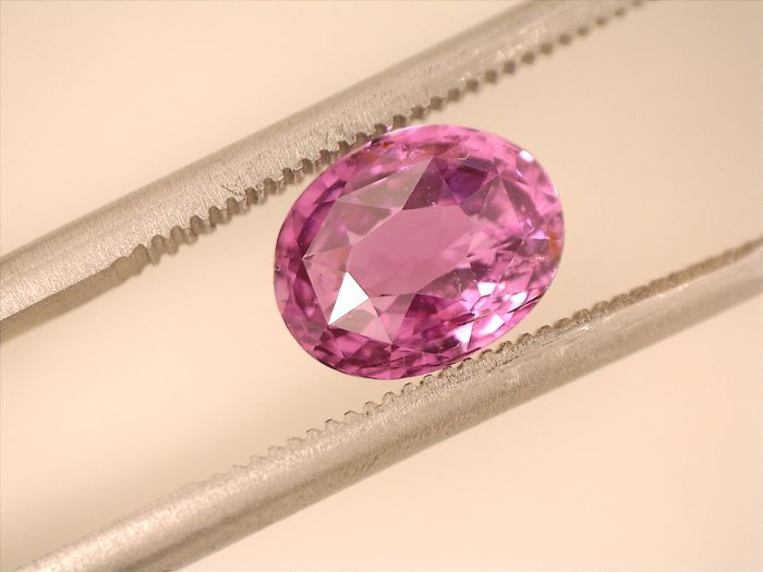Pink Sapphire - 1.86 ct - No reserve price