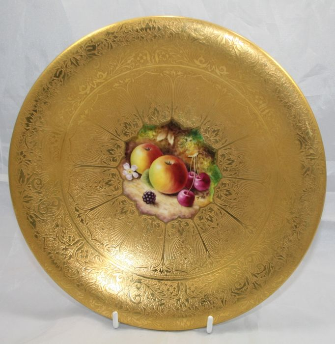 Royal Worcester Heavily Gilded Painted Fruit Comport by Nutt - Catawiki