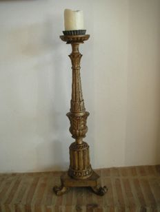 Large gilt wooden church candle-holder with carved acanthus leaves - 19th century - France