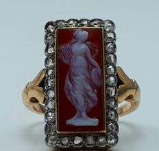 18 Ct  Red Gold Antique Cameo Ring with  Rose Cut Diamonds, 17 mm, France