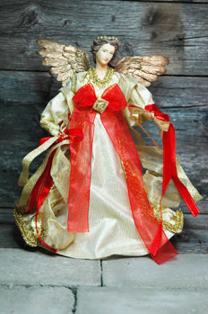 Gold Angel with Golden Wings, size: 26 cm
