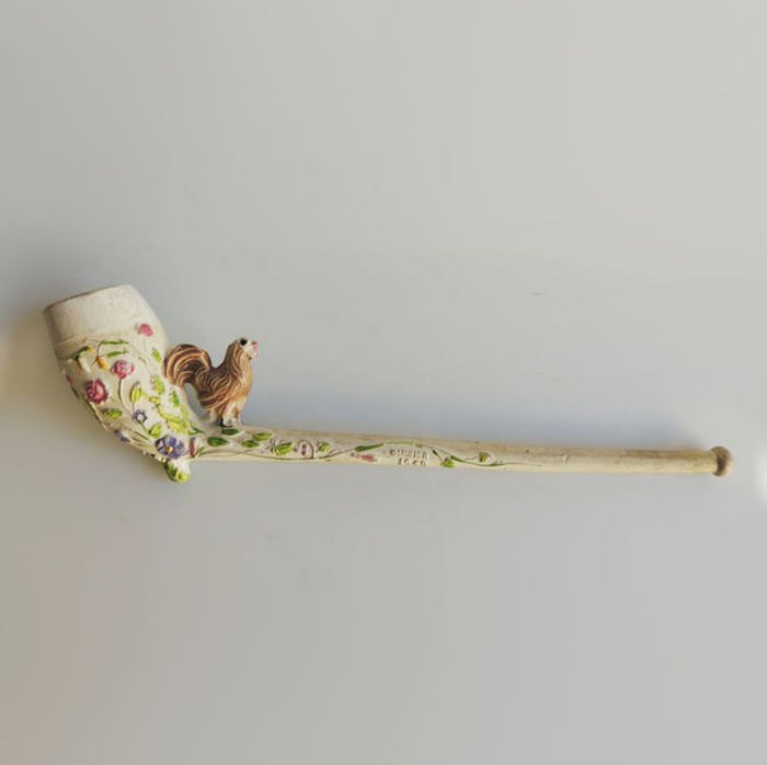 France; Gambier pipe - Flemish decor of flowers and a rooster - model 1649 - around 1905