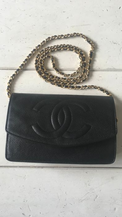 d06b212ba684 Chanel - Woc wallet on chain in caviar leather - Catawiki