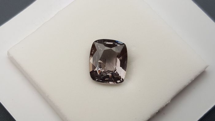 Spinel - 1.68 ct